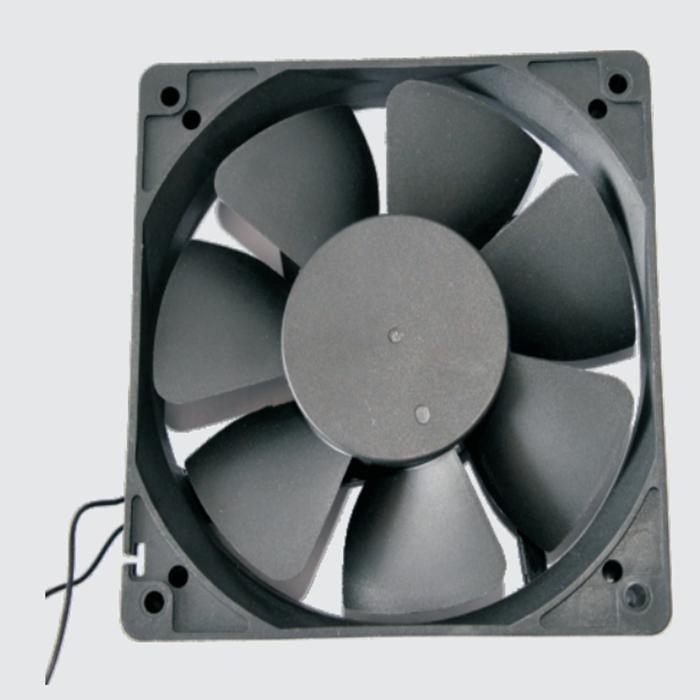 无刷直流风扇电机的优点